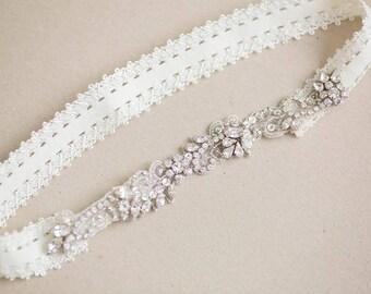 Lace wedding garter set, bridal garter set, rhinestone garter, lace garter - Style R74
