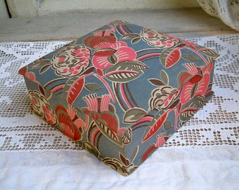 French art deco fabric covered box. Blue. pink flower Art deco craft box. Shabby fabric storage box. Sewing notions Embroidery. Scrapbooking