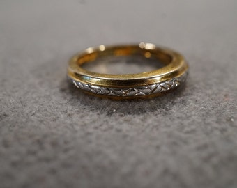 vintage sterling silver with gold overlay etched band ring, size 5  M1
