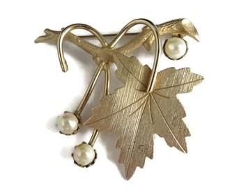 Vintage Gold Tone Pearl Leaf Pin - Sarah Coventry Leaf Brooch