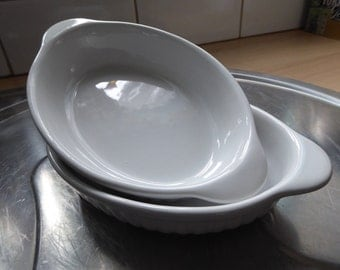 perfect pair of individual size pie/gratin dishes