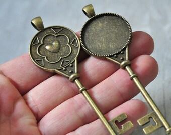 6pcs 25mm Antique Bronze Key Charm Pendant Round Cabochon Resin Cameo Base Setting Love Heart Pattern N476