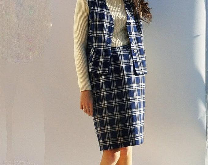 60s Tartan Suit, Vintage 60s Wool Tartan Co-Ord, Skirt & Waistcoat Two Piece Suit, Girl Boss, Tweed Two Piece, Women's Suits, 60s Skirt Suit