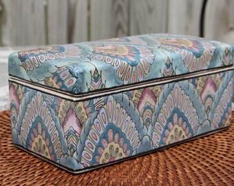 Vintage Asian Hand-Painted Ceramic Decorative Storage Box/Jewelry Box/Treasure Keepsake Box/Trinket Box/Pastel Bohemian Decor