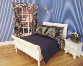 Handmade 12th scale doll house bedding set for a double bed 9 piece navy and blue florals