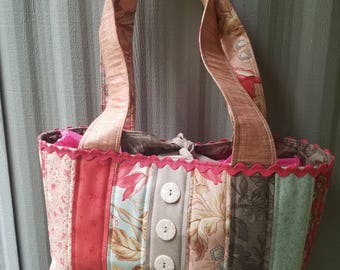 Victorian style shoulder bag - Floral. Washable.