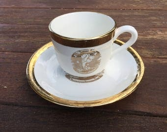 Vintage Old Faithful Yellowstone souvenir tea cup and saucer- Crest O Gold, Sabin