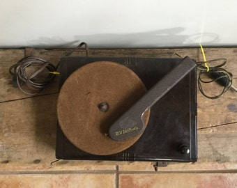 RCA Victrola Chocolate Bakelite RCA R-93B 78 Record Player