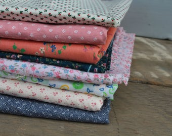 Vintage Fabric Supply / 8 Piece Lot of Remant Fabric / Fabric Scrap Lot / Assorted Fabric Scrap Lot / Vintage Quilting Fabric Cotton Fabric