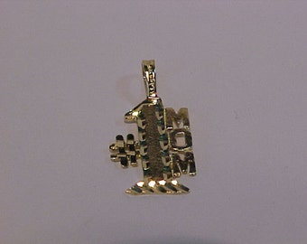 10k yellow gold charm/pendant *# 1 MOM* Ship to continental USA or Canada