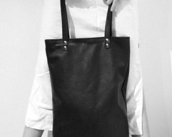 "Oversized leather tote ""Abyss"""