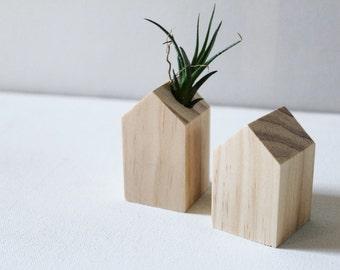 Tiny House Wooden Air Plant Holder - Little Wood Air Planter - Minimalist Home Decor