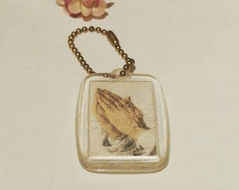 Vintage Acrylic Resin Praying Hands Missionhurst CICM Keychain Alexandria Va Medallion