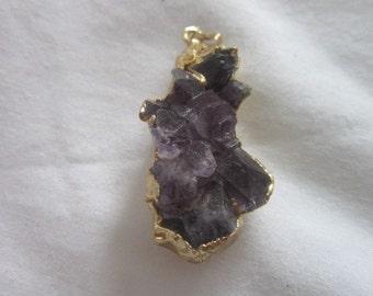 Vintage Gold Tone & Amethyst Stones Necklace Pendant