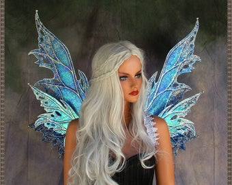 Adult Fairy Wings**Iridescent Blue/Purple/Silver**FREE SHIPPING**/Renn Faires/Costume/Photography/Masquerade/Cosplay/Weddings