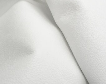 "Blissful Bright White ""Signature""  Leather Cow Hide 4"" x 6"" Pre-Cut 2 1/2-3 oz flat grain DE-52162 (Sec. 8,Shelf 6,D,Box 3)"