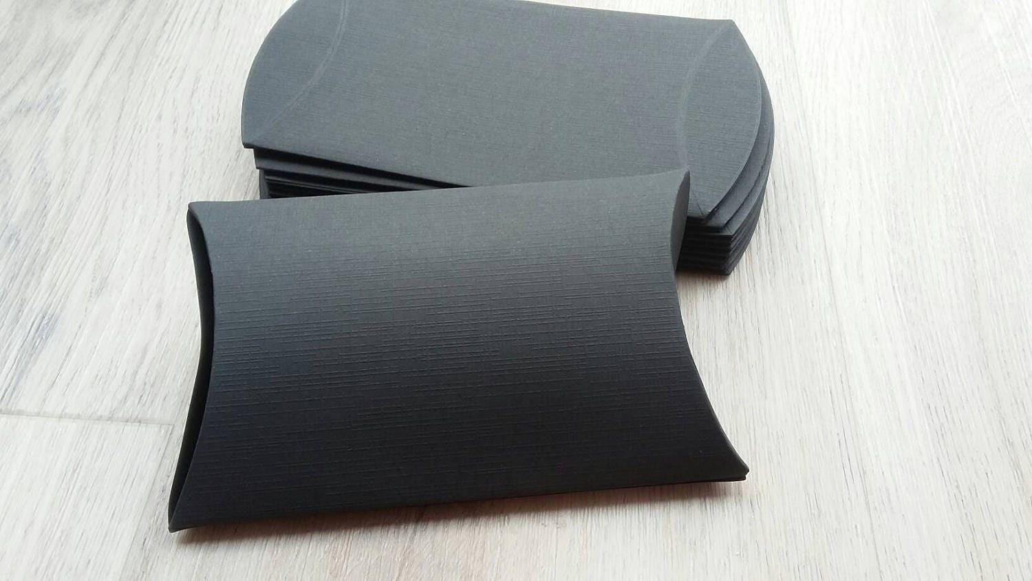 Black boxes set of 10 pillow boxes gift box party favor for Black box container studios