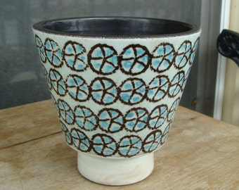 Vintage Mid Century Modern Art Pottery Footed Ceramic Jardiniere Flower Pot Planter Hand Painted