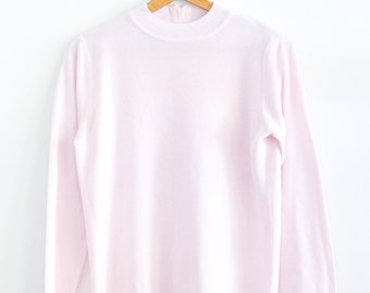 Vintage Simple Pastel Pink Ladies Knit Pullover Sweater