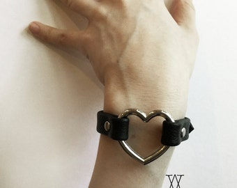The ENAMOURED Cuff: Black Leather Heart Ring Cuff - Leather Bracelet, Leather Wristband, Metal Heart, O Ring, Nugoth, Kitten, Gothic Lolita