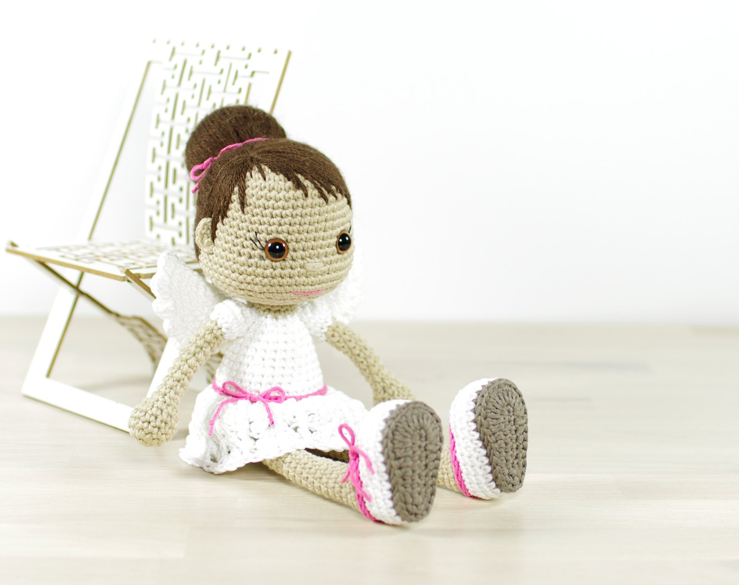 Amigurumi Doll Tutorial For Beginners : PATTERN: Angel Crocheted angel doll pattern Amigurumi