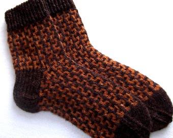 Hand knitted mens  socks. 100% wool socks.Size EU-43-44 US-9,5-10,5