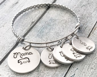 Mama bear-  Mother's jewelry - Hand stamped bracelet - Mama bear jewelry - Mama bear and baby bear -Personalized bracelet- Custom gift