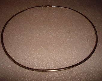 Vintage 925 Sterling Silver Italy Stiff Ribbed Design Necklace