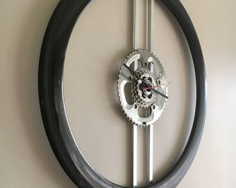 Carbon rim bicycle  wheel clock