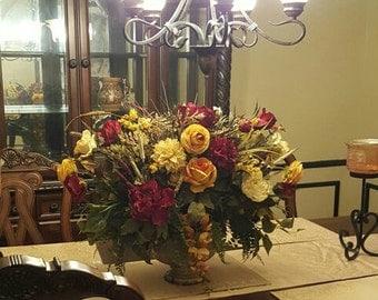 Floral Arrangement Elegant Rose Lily CenterpieceSHIPPING