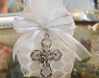 Almond favors Communion, Baptism favors  with cross pendant, favors, koufeta mementos, italian communion favors