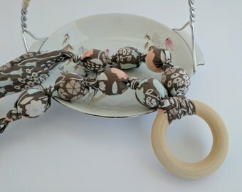 FREE SHIPPING! Organic Fabric Teething Necklace, Nursing Necklace, Breastfeeding, Chewelry, Teething Necklace, Mom Necklace