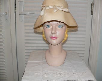 Vintage 1960's Lilly Dache Straw Hat /  Lampshade Hat