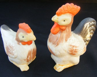 """Japanese Bisque Porcelain Ceramic Pottery 2.5"""" Hen & 3"""" Rooster Vintage Chicken Chicks Peeps Figurines Made in Japan Mated Pair Lot/Set of 2"""