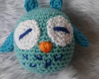 Blinky the sleepy owl