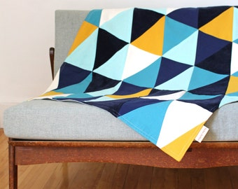 Small size throw-blanket circus series: Blues & rubber duck yellow