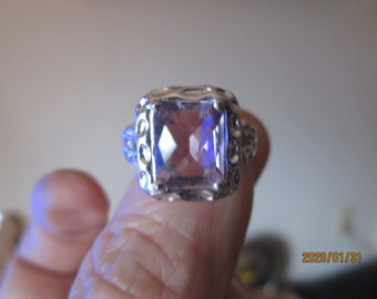 Designer 925 Sterling Silver 3.00ctw Vivid Genuine Amethyst Hammered Ring Size 7, Weight 7.8 Grams