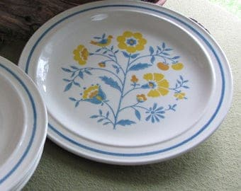 Homer Laughlin Retro Dinnerware #HLC3487 Dinner Plates Set of Four (4) Orange and Blue 1980s Flowers and a Bird Design Vintage Dinner Ware