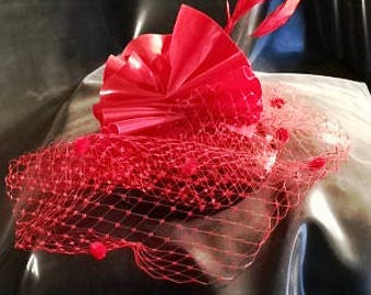 Fetish Rubber Latex Frill Fan Round Fascinator Hat with Dot French Veil & Stripped Coque Feather