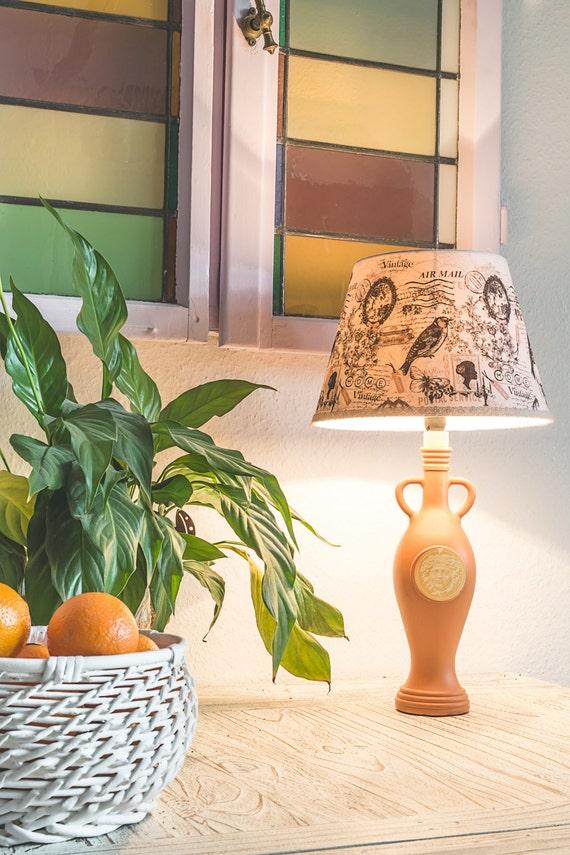 stehlampe gro mit motiv bottlestand lamp. Black Bedroom Furniture Sets. Home Design Ideas