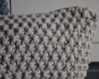 Knitted pillowcover creme | lumbar pillowcover