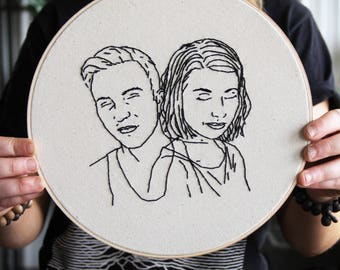 Custom 2 Person Portrait - Kids, Engagement- Hand Embroidered Hoop Wall Art - Custom Wedding Gift - Minimalist Art - Contemporary Wall Art