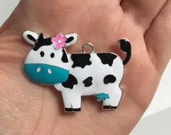 P135 Cow with Turquoise Bow Rhinestone Pendant