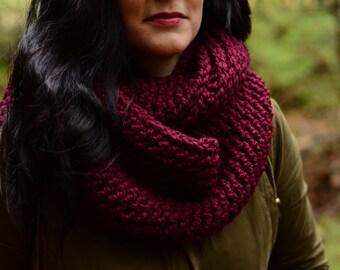 Chunky infinity scarf, crochet infinity scarf, Loop Scarf, Double Infinity Scarf, Circle Scarf, Chunky Crochet Infinity
