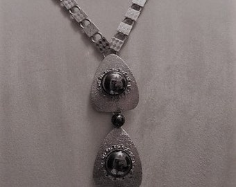 Large Avant garde Vintage Statement piece, Atomic Runway Necklace silver tone Heminite stones A WOW fashion