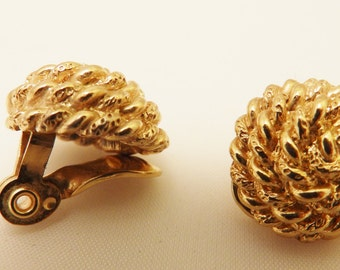 Gold Tone Knot Vintage Monet Clip On Earrings