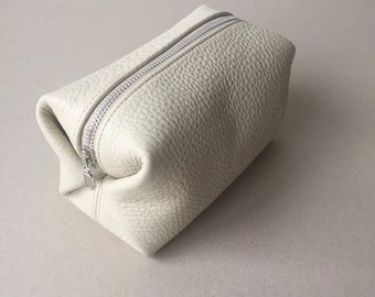 Off White Leather Cosmetic Bag / Leather Makeup Case / Lined Zipper Pouch / Leather Toiletry Case