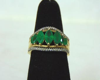 Women's Vintage Estate 10K Yellow Gold Ring w/ Emerald & Diamonds, 4.2g E3008