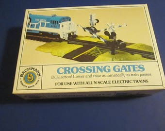 1970's Mint new old stock BachMann N Scale Crossing Gates for a model train.