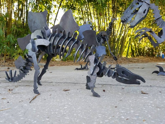 Metal Stegosaurus, Stegosaurus Yard Art, FREE SHIPPING, READY to Ship, Metal Puzzle Sculpture, Jurassic Park Gift, Outdoor Metal Art